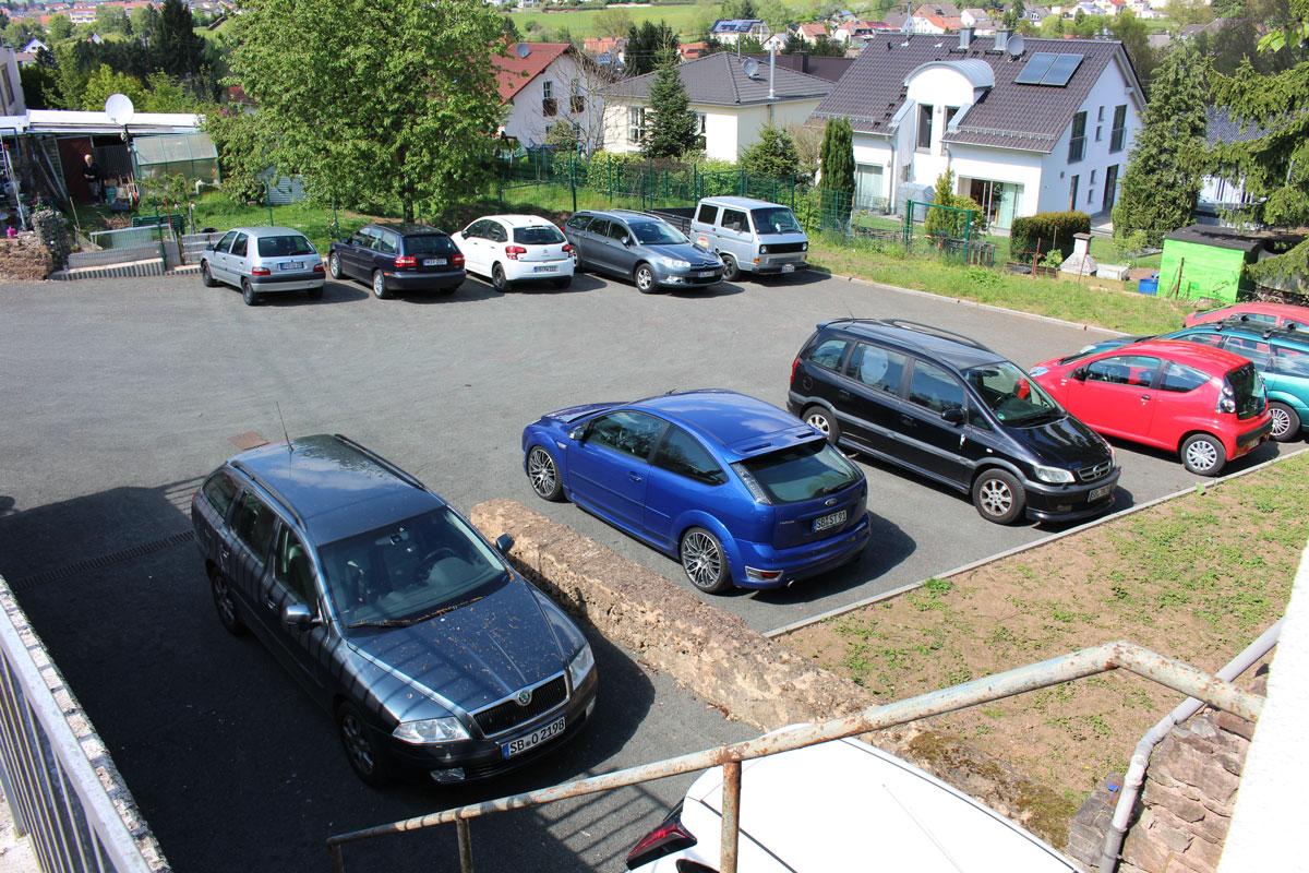 Weitere Parkplätze Autohaus M. Gribitsch Riegelsberg Saar